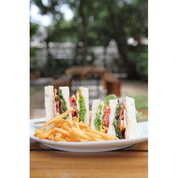 Club sandwich 24ωρο